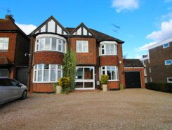 4 Bedroom Houses For Sale In Brentwood Essex Thehouseshop Com
