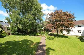 2 bedroom reteirment property for sale, Dower Court, Old