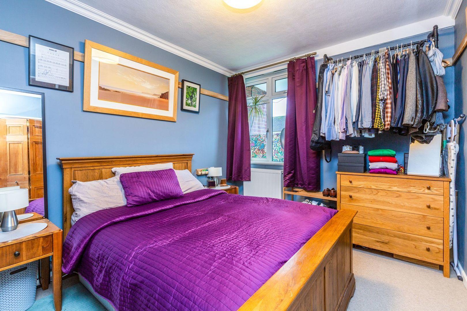 1 bedroom flat for sale, Charlesfield, London SE, SE9 4PP