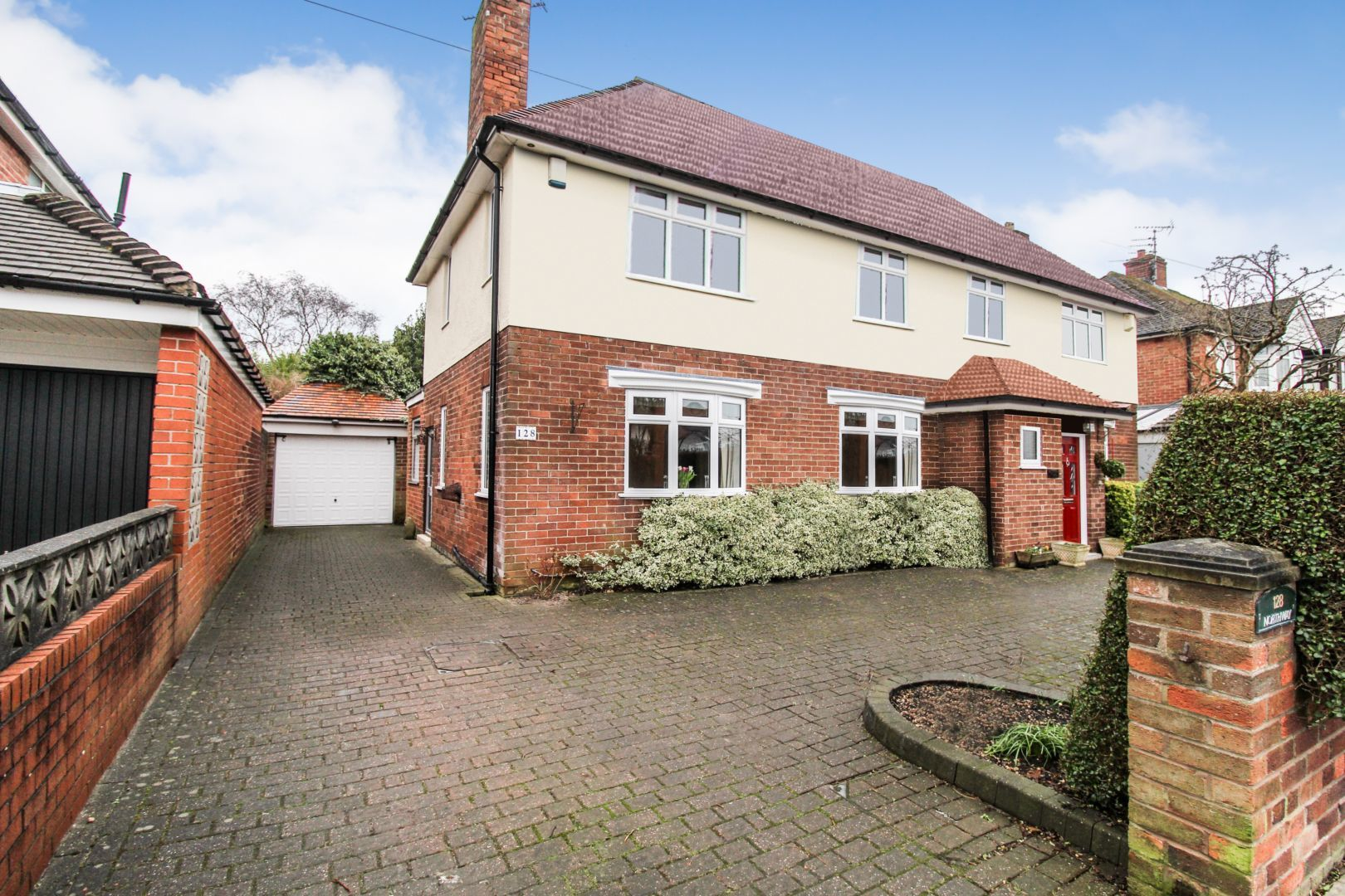 4 Bedroom Detached House For Sale Northway Maghull L Liverpool L31 5nf Thehouseshop Com