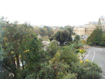 3489a7dc464d4 1 bedroom flat for sale, Hampshire Court, Bourne Avenue, Bournemouth ...