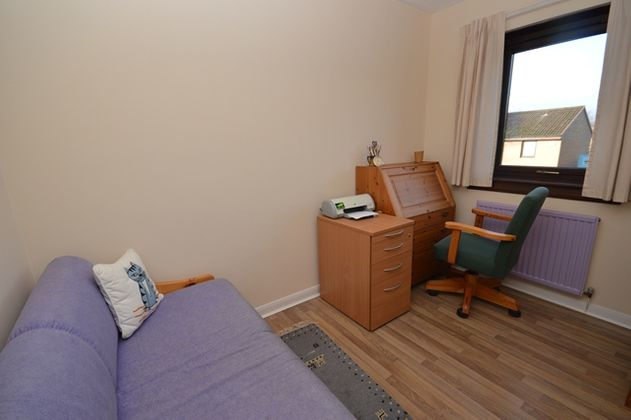 2 bedroom flat to rent, Easter Warriston, Trinity ...